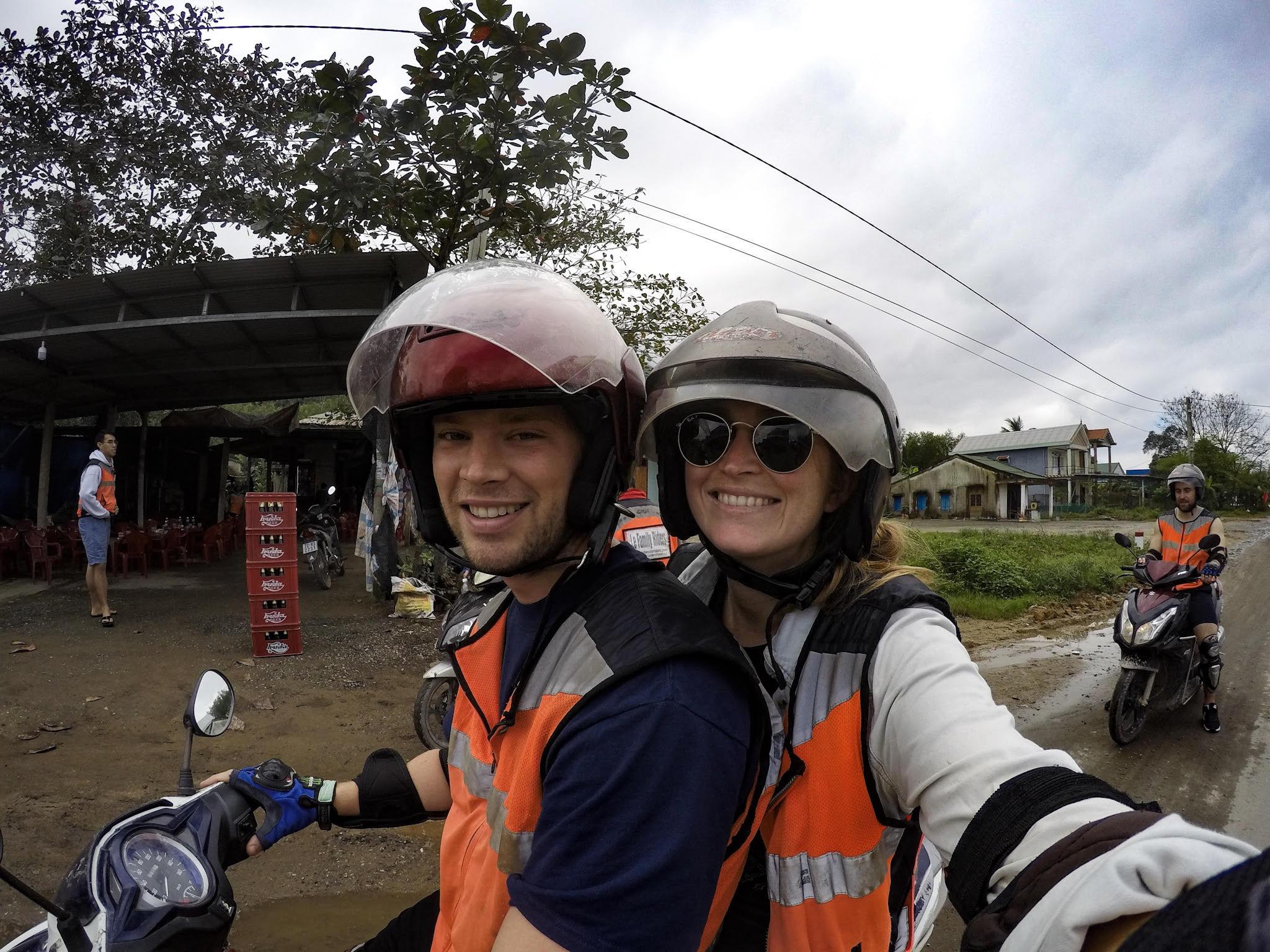 motorbike hai van pass