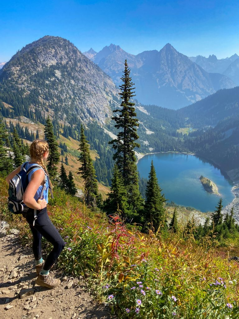 north cascades hiking