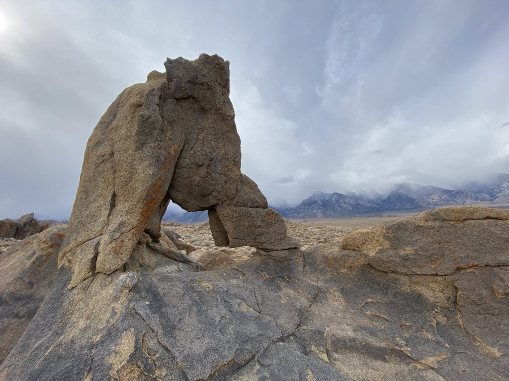 boot arch alabama hills
